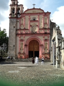 I caught this great photo of one of the older chapels on the Cuernavaca cathedral grounds. We stopped in to hear part of a mass.